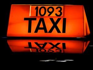 taxi-474199_1280